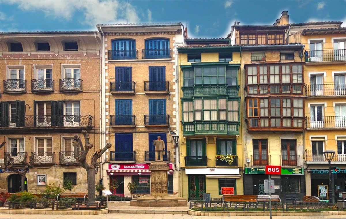 edificios-tipicos-contruccion-de-estella-navarra