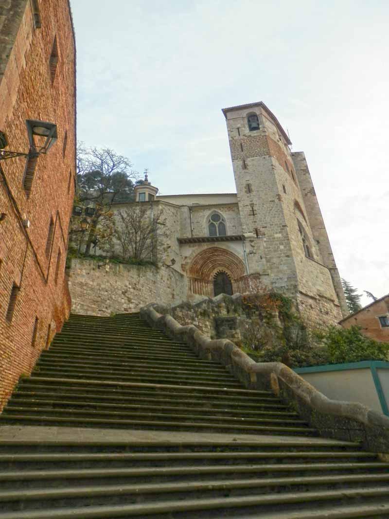iglesia-en-plaza-san-martin-estella-navarra