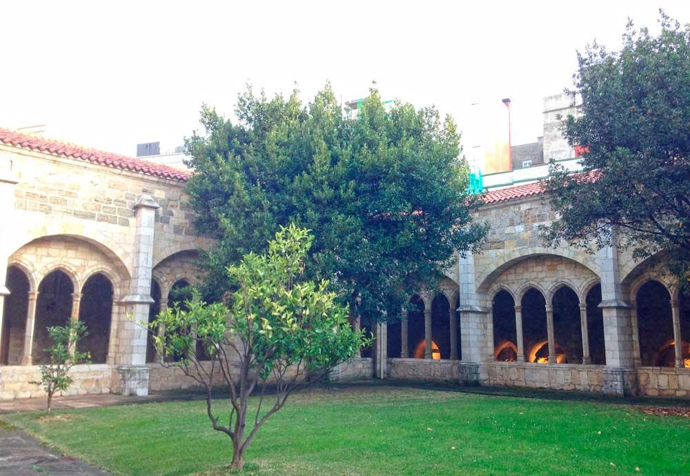 claustro-catedral-santander