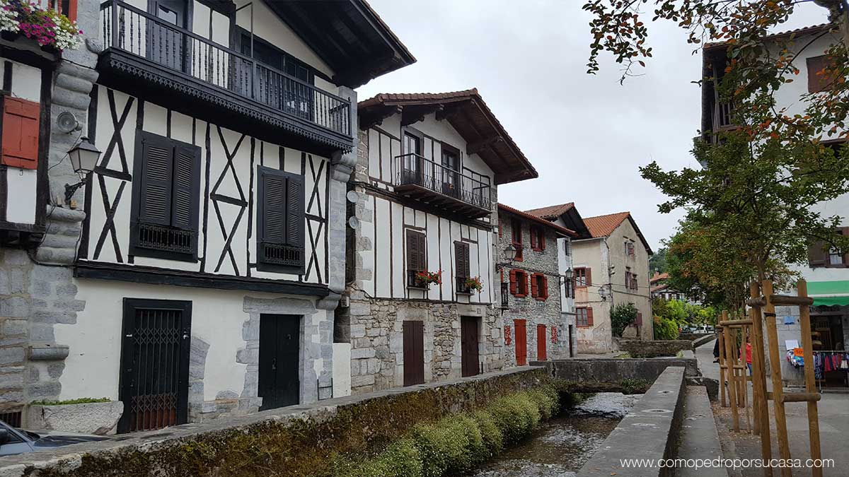 conjunto-casas-tipicas-lesaca-navarra
