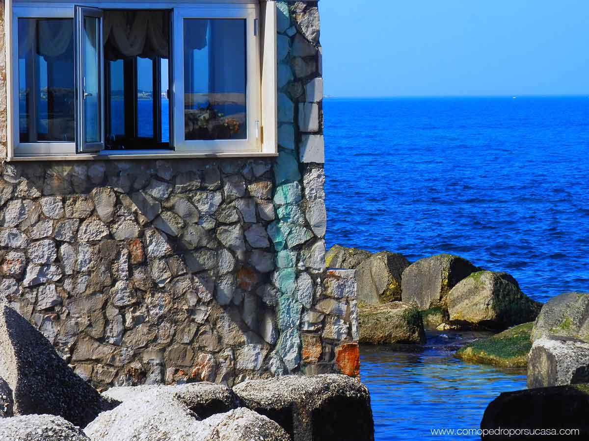 mare-blue-bari-italia