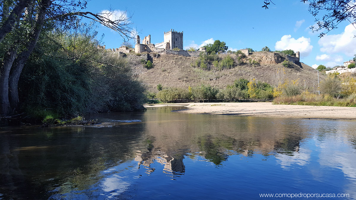 reflejo-castillo-escalona-rio-alberche