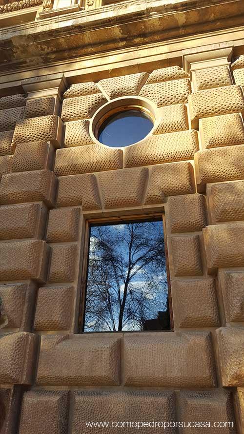 sillares-cuadrados-palacio-carlos-v-la-alhambra